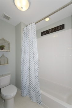 jj-bathshower