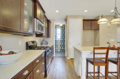 San Clemente Model2116 Lone-large-014-14-Kitchen-1500x998-72dpi