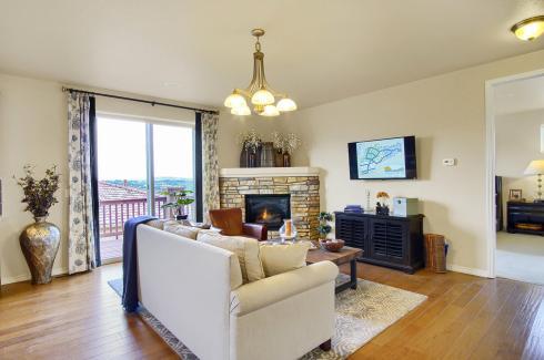 Coronado Model2116 Lone Willow-large-007-18-Living Room-1500x998-72dpi