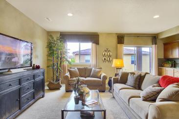 Coronado Model2116 Lone Willow-large-028-10-Family Room-1500x998-72dpi