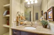 Coronado Model2116 Lone Willow-large-034-13-Bathroom-1500x998-72dpi
