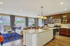 San Clemente Model2116 Lone-large-010-22-Kitchen-1500x998-72dpi