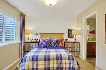 San Clemente Model2116 Lone-large-037-36-Bedroom-1500x998-72dpi